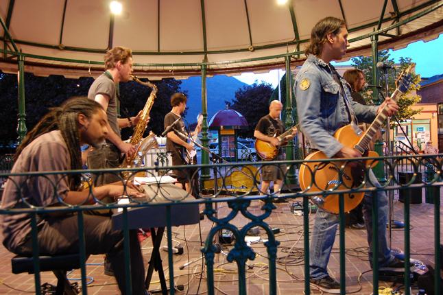 Joseph Blood & the Bluetick Houn' Dogs rocked Grizzly Plaza on Saturday night. David F. Rooney photo