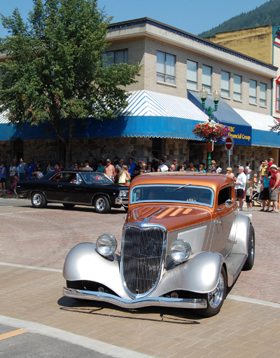 There were plenty of very cool cars in the parade. David F. Rooney photo