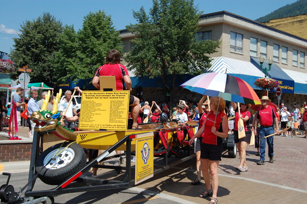 Joan Ely set the beat for the Lake Revelstoke Dragon Boat Society's entry in the parade. David F. Rooney photo