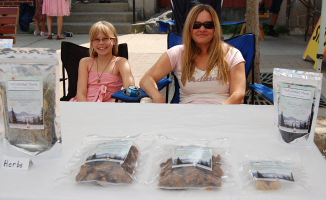 Sarah Fenwick and her daughter Kayla were tempting dog owners with a wide variety of freeze-dried dog treats ranging from slices of beef heart, venison and ostrich liver to an all-around favourite, Liver Sprinkles. If you miss her at the market you can reach her through her website, www.dogseatraw.ca. David F. Rooney photo