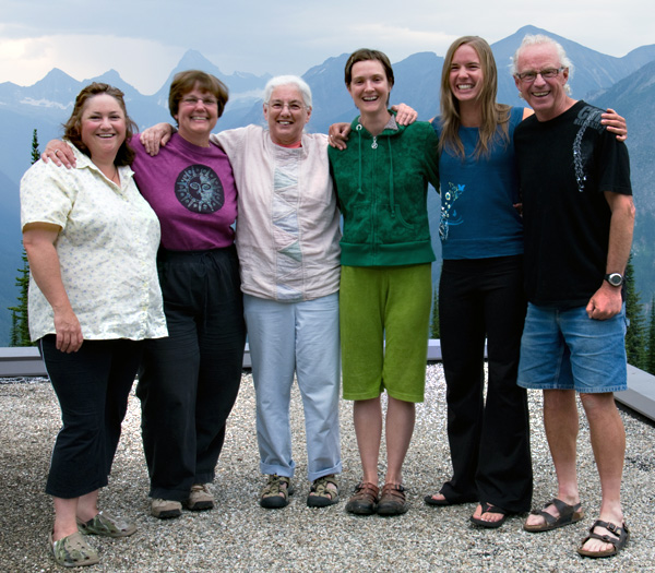 Sue Davies, Cecilia Lea, Sandra Flood, Rachel Kelly, Shannon Robinson and Lyle Grisedale pose for the camera during their Art in the Park adventure in Glacier National Park. Photo courtesy of Lyle Grisedale