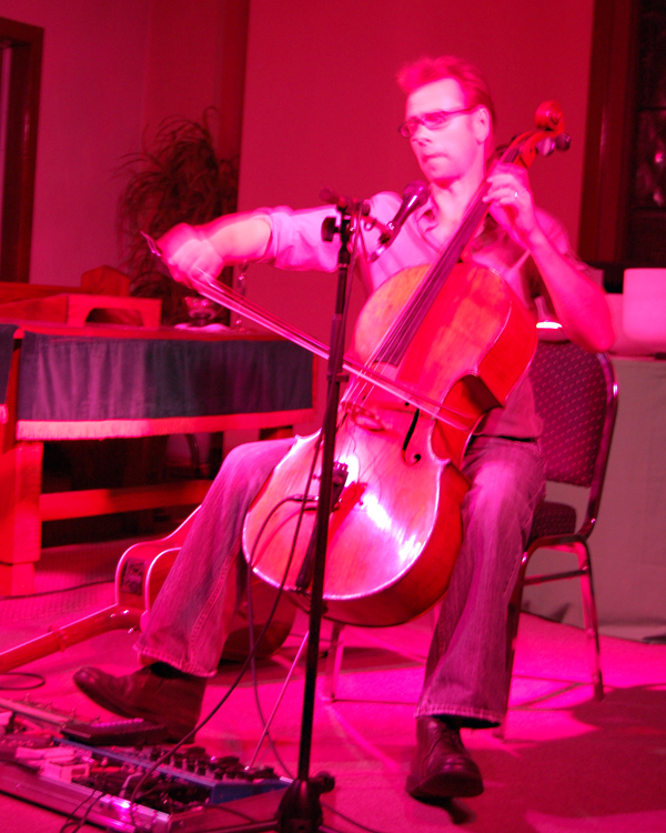 Cellist Kevin Fox glowed with energy during his Revelstoke Arts Council concert at the United Church on Saturday. The renowned musician sand and played in a marvelous solo concert. David F. Rooney photo