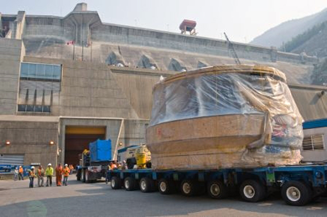 The Unit 5 turbine is welcomed to its new home at thge Revelstoke Dam generating station. Dusty Veideman photo courtesy of BC Hydro