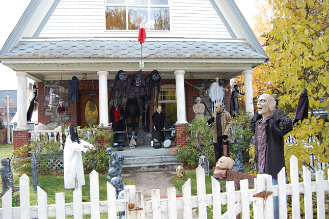 And, finally, there is the Walford'home at 217 Fourth Street East which has a cast of animated characters that make it a veritable Spook Central. Which one is your favourite... or have you plans to turn your own home into The Spookiest House in Town? David F. Rooney photo