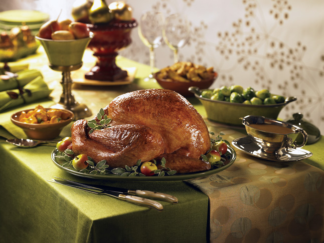 Is this what your Thanksgiving table will look like? With a good recipe and lots of preparation your bird could look like this. Image courtesy of www.newscanada.com