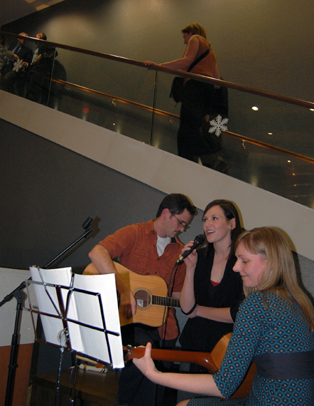 Matt Potter, Doris Falkens and Jocelynne Wilms played some great music. David F. Rooney photo