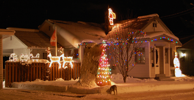 Kurt and Andrea Pont's home is always festive in the winter.  David F. Rooney photo
