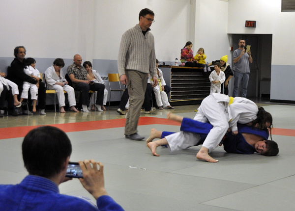 Naomi Chan of Salmon Arm proved to be formidable opponent for Rory Vaugh )in blue) pf Salmo. Even though he was a belt ahead of her she dominated their match. David F. Rooney photo