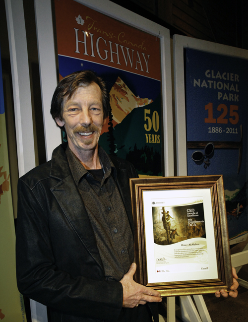 Bruce McMahon, recently retired Senior Avalanche Forecaster for Mount Revelstoke and Glacier national parks, receives a CEO Award of Excellence for his outstanding career in avalanche control with Parks Canada. Rob Buchanan photo courtesy of Parks Canada