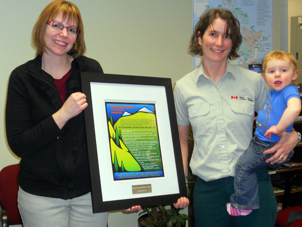 Early Childhood Development Coordinator Tracy Spannier poses with Verena Blasy and her daughter Cassia who accepted the award for most Family Friendly Workplace on behalf of Parks Canada. Photo courtesy of the Revelstoke Early Childhood Development Committee