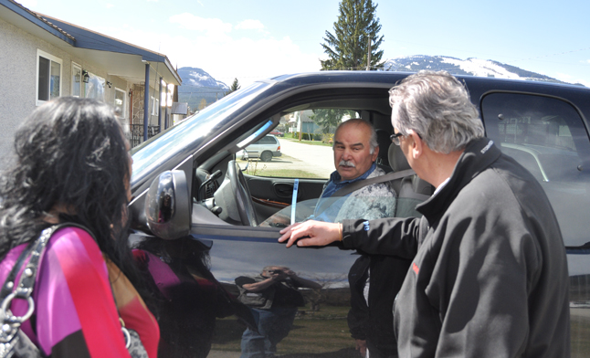 Doug Clovechok tells Fred Federico why he is the best person to represent Columbia River-Revelstoke in Victoria. Personal doorknocking by political candidates is a tool serious would-be political figures use to make personal contact with riding residents. David F. Rooney photo