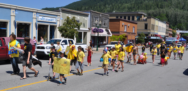 Go, Ducks! Go! This active children's organization boasts some of the best swimmers in BC. And they like parades, too! David F. Rooney photo