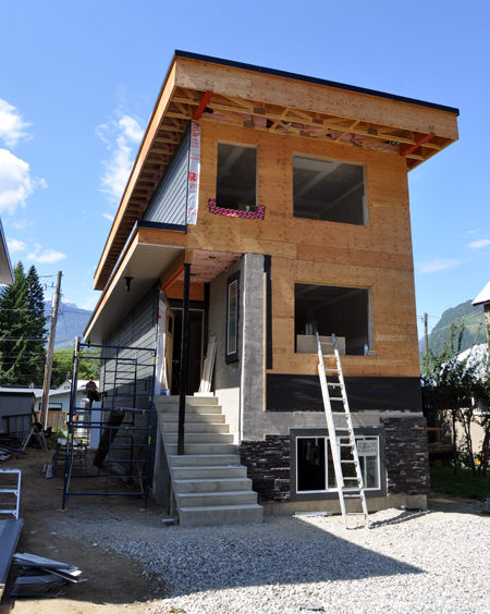 The house known throughout Revelstoke as The Skinny House is being built by Peter Bernacki's Nu-Trend Construction. It is 17 feet wide and 60 feet long. David F. Rooney photo