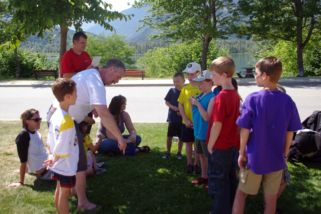 Members of the library's Summer Reading Club enjoyed a visit from Alan Polster of Revelstoke Paragliding, His visit was particularly appropriate since the SRC's theme this year was Up, Up and Away. Daniel Blackie photo courtesy of the Revelstoke branch of the Okanagan Regional Library