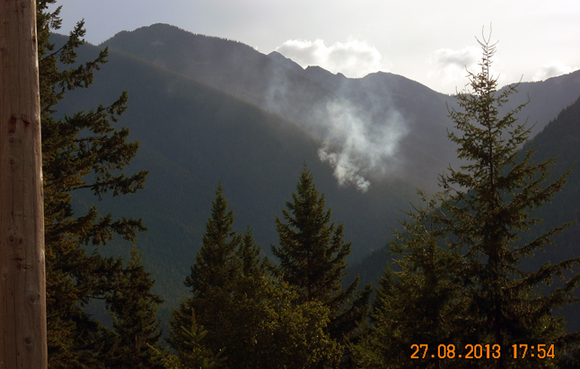 This photo shows the fire near Wee Sandy Creek in Valhalla Provincial Park. This wildfire was caused by a lightning strike on Aug. 26 and smoke is visible in New Denver, Silverton and along Highway 6. Photo courtesy of the Southeast Fire Centre