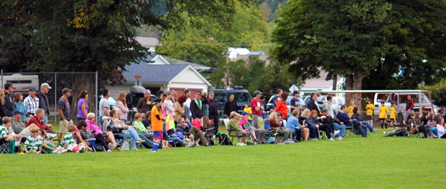 A couple of hundred people watched the gold medal match between U17 Revelstoke and Shuswap. Linda Chell photo