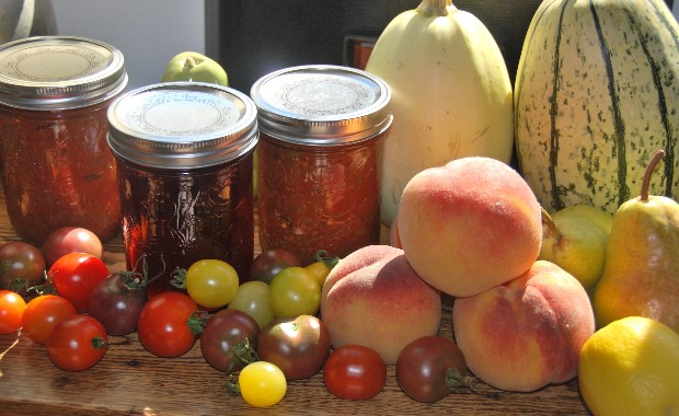Impossible to resist the bounty of September's harvest at the Community Market. Making your own jams and chutneys is one way to savour those peaches and tomatoes well into the winter. Savage Delights will be giving a canning workshop Sept 21--Register via Okanagan College. Leslie Savage photo