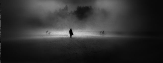 online-brennan-man-in-fog