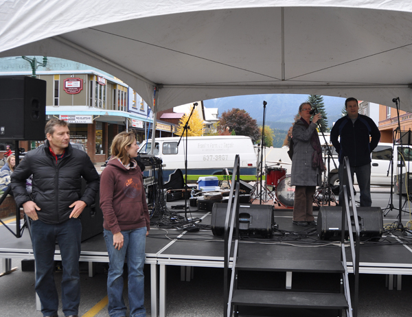 As Graham Harper and Event Coordinator Amy Flexman wait in the foreground, City Councillor Linda Nixon thanks the Rotary Club, the Glacier Challenge, the Arts Council and the Infrastructure Tourism Fund for making it possible for the City to acquire this covered stage for use at local events. David F. Rooney photo