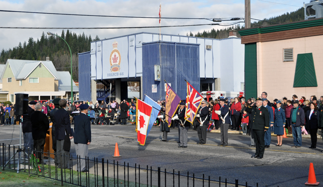 Hundreds of Revelstokians kept faith with the sacrifice of the soldiers our small city sent to fight in the First and Second World Wars by gathering at the cenotaph for the annual Remembrance Day ceremony on Monday. David F. Rooney photo