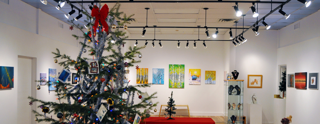 Local artists went into overdrive this autumn and made like Santa's elves producing a wide range of largely affordable artworks for Revelstoke's discerning art patrons who n=know a really good bargain when they see one. And — Boy! — will they ever find great bargains at the Revelstoke Visual Art Society's Christmas Shop, which opens this Friday, December 13, at 6 pm. David F. Rooney photo