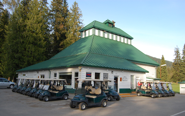 The City Revelstoke wants to inspect the structural integrity of the clubhouse at the Revelstoke Golf Club after it was called into question by a local contractor who wants to donate enough Hardie board planking to reside the building. David F. Rooney photo