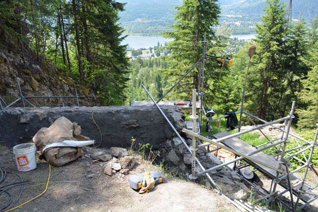 While challenging to work at, the site has beautiful views. Jeff Bolingbroke/Parks Canada photo