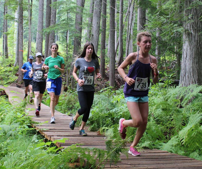 A chain of local Revelstoke runners from front to back: Jacyln Elliott, Mikka Park and Kendra Von Bremen. Phil Hiom photo