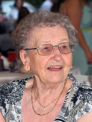 Anne Ozero 1928 - 2014