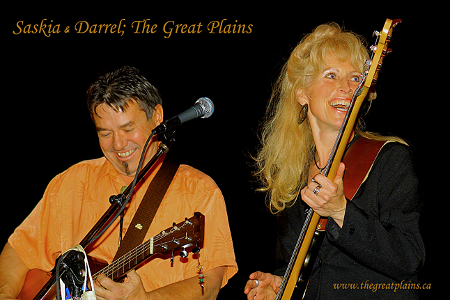 Even though Saskia Overbeek and Darrel Delaronde no longer here they are still considered true locals and an integral part Revelstoke's cultural fabric. Now this terrific duo is coming back to town this Thursday, October 30, to perform a concert at the Seniors Centre, the partial proceeds from which go to the Community Connections Food Bank. Photo courtesy of Saskia and Darrel