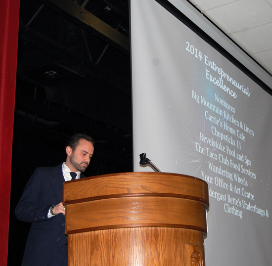 Shaun Aquiline, EZ Rock's smooth and witty local host, did an excellent job as MC for the event. David F. Rooney photo