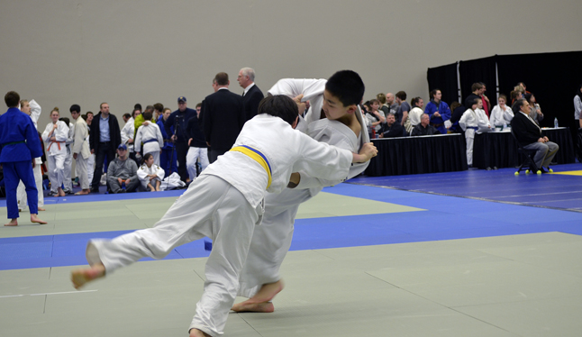 Jordan Snider (foreground) throwing his opponent off balance in his gold medal match. Photo ocurtesy of the Revelstoke Judo Club