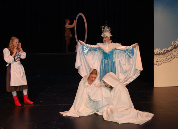 As Cei (in back)  labours feverishly to reassemble the Snow Queen's treasured magic mirror, Gerda confronts her as she torments The Queens of Spring, Summer and Fall, plaeyd by Kara Shaw, Felicia Van Leur and Hailey Christie-Hoyle. David F. Rooney photo