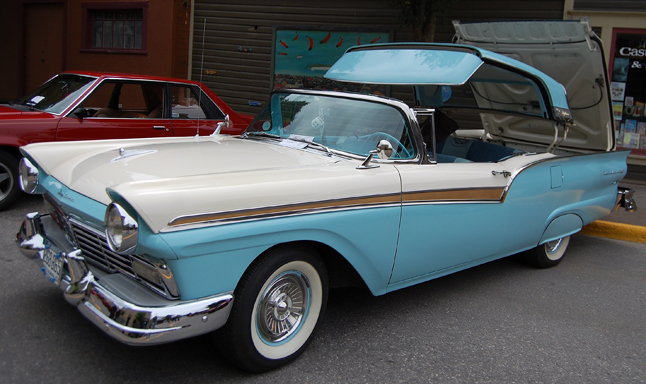1957 Ford retractable owned by Duff and Marian Turner of Salmon Arm. David F. Rooney photo