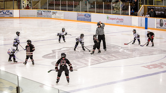 The Revelstoke Icebreakers faced-off against the powerhouse North Okanagan White Knights. Jason Portras photo