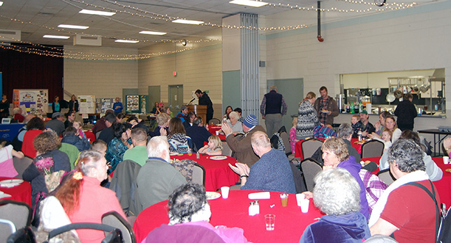 This year's Volunteer Fair and Community Dinner, held on Thursday, November 26 at the Community Centre, was very well attended with a nice mix of locals and newcomers. Attendees had an opportunity to explore the opportunities local societies and groups offer to keep Revelstoke a vibrant community and then tuck into Glen Cherlet's pulled pork with macaroni and creamy coleslaw. David F. Rooney photo