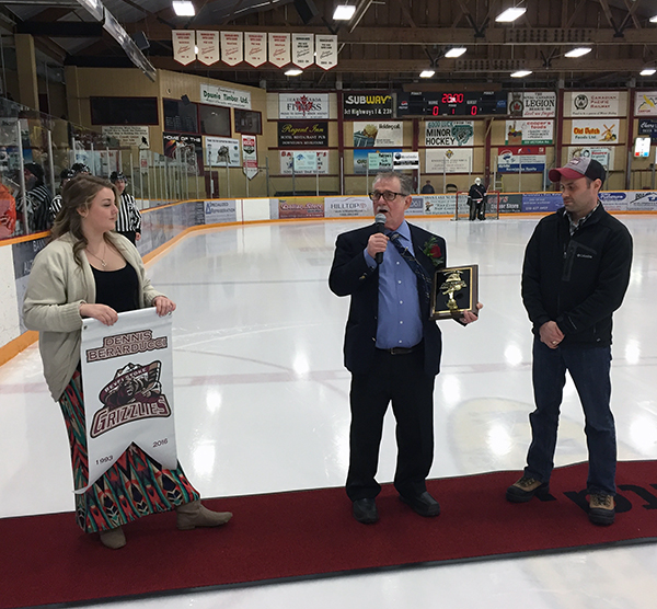 Dennis takes the mic to thank the audience — and all the hockey kids and hockey parents of Revelstoke. David F. Rooney photo