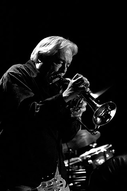 The next Revelstoke Jazz Club on Friday, June 24, will feature the Don Clark/Doug Sonju Quintet from 7:30 until 9:30 pm in the Selkirk Room at the Regent Inn. As always, the doors open at 7 pm and admission is by donation. The Don Clark/Doug Sonju Quintet consists of Don Clark on trumpet/flugelhorn, Doug Sonju on saxophone, Bill Lockie on bass, Gareth Seys on drums and Jordan Dick on guitar. Don Clark has enjoyed a long career as one of Canada′s leading trumpet and flugelhorn players. As a player, arranger, and composer on the West Coast since the early 1960s, he has been leader of the Donnie Clark Quartet and Quintet and the Don Clark Ragtime Band as well as a member of leading Jazz ensembles such as the Bobby Hales Orchestra, the West Coast Jazz Orchestra, and a regular on CBC radio and television. He was a founding member of the legendary Vancouver all-star Jazz sextet Pacific Salt, touring throughout North America and Europe in the 1970s. Doug Sonju is one of the Okanagan's finest woodwind players, equally at home playing jazz and classical music. Doug is a member of the Salmon Armenians, with whom he plays saxophone and he recently retired from the Okanagan Symphony, where he served for many years as principal clarinetist. Doug also regularly plays with a variety of other small jazz groups throughout the interior. Photo courtesy of the Revelstoke Jazz Club