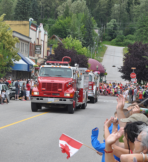 The appearance of the Fire Rescue Service's big machines is always a sign that the end is nigh. David F. Rooney photo