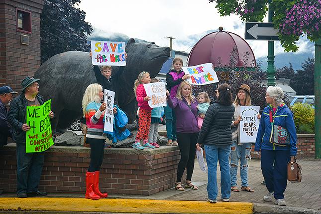 Protestors gather at the bears. John Morrison photo