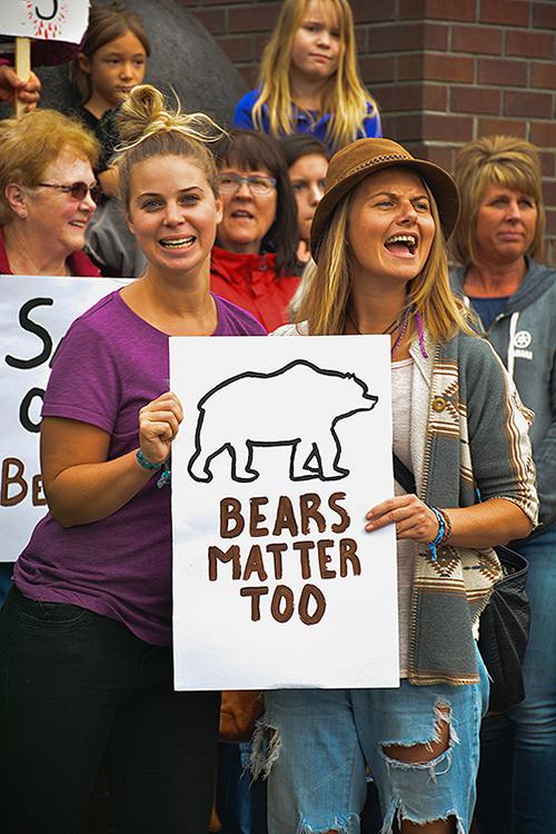 Bears lives matter! John Morrison photo