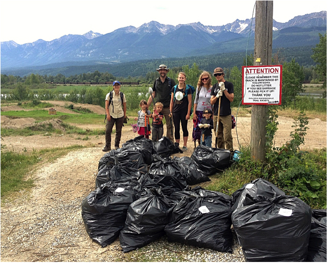 Volunteers have been very active helping to contain the spread of invasive plants help to remove invasive plants at a recent community weed pull event in the Columba Shuswap Regional District. Photo courtesy of the Columbia Shuswap Invasive Species Society