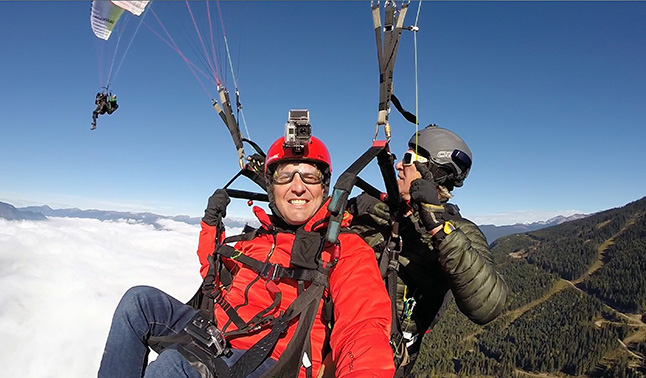 The Rick Mercer Report is one of CBC Television's most popular programs and why not? It features Rick doing somewhat unusual this — such as paragliding. This Tuesday, November 15, Rick is in Revelstoke where he goes paragliding with Brad Murphy. This episode will appear on CBC at 8 pm. Photo courtesy of Rick Mercer